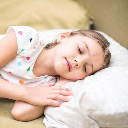 niña duerme hipnopedia